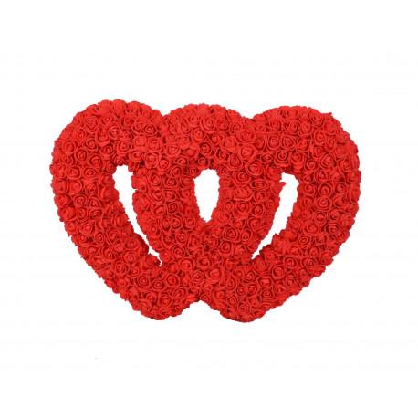 Doua inimi impreunate din trandafiri de spuma